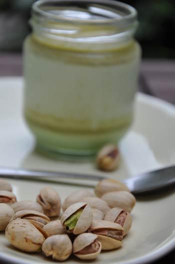 yaourt-a-la-pistache-2